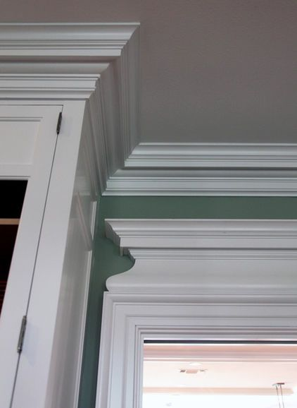 Close Up Of Georgain Style Moldings Love The Large Entablature Over The Door And Thick Crown Molding Baseboard Styles Georgian Style Homes Georgian Homes