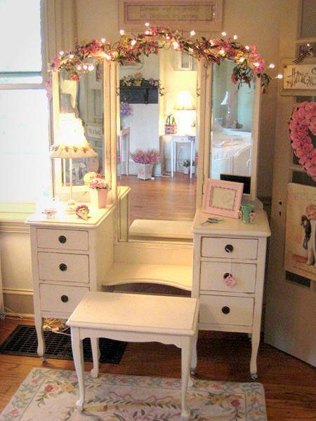 20+ Vanity Mirror with Lights Ideas (DIY or BUY) for Amour Makeup Room
