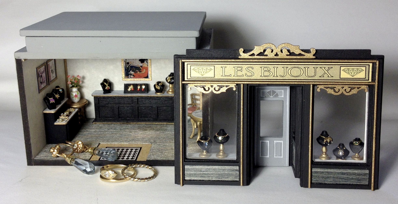 Vintage Miniature Dollhouse Furniture 1//4 1:48 Quarter Lot of 5 Sets 1//48 TINY