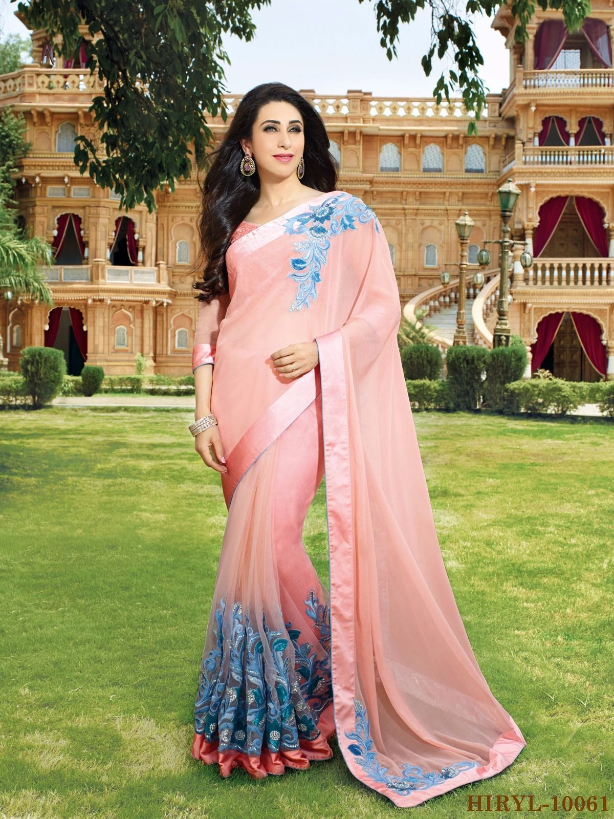 Pin de Jahnara Collections en KARISHMA SAREES | Pinterest