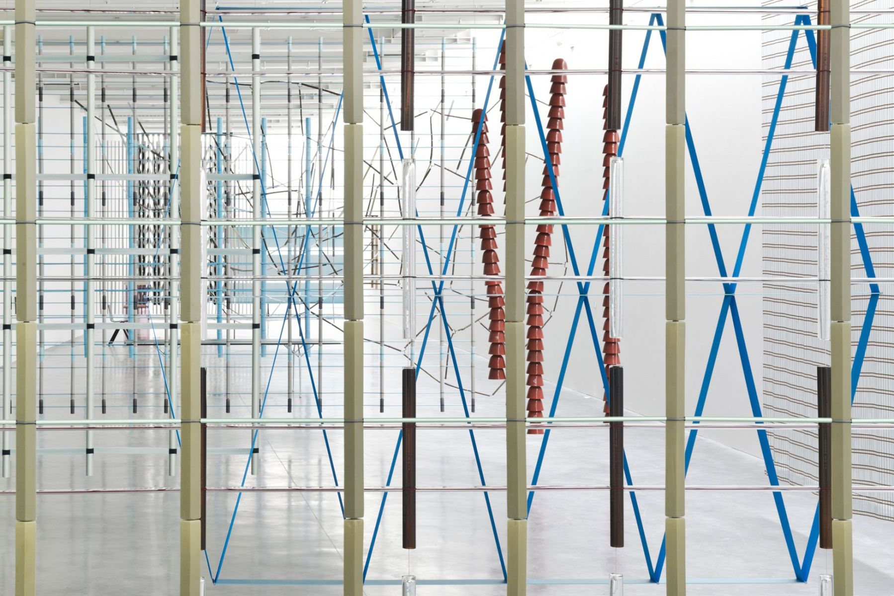 "16 Screens"" Ronan&Erwan Bouroullec - Rennes  GLAS ITALIA is"