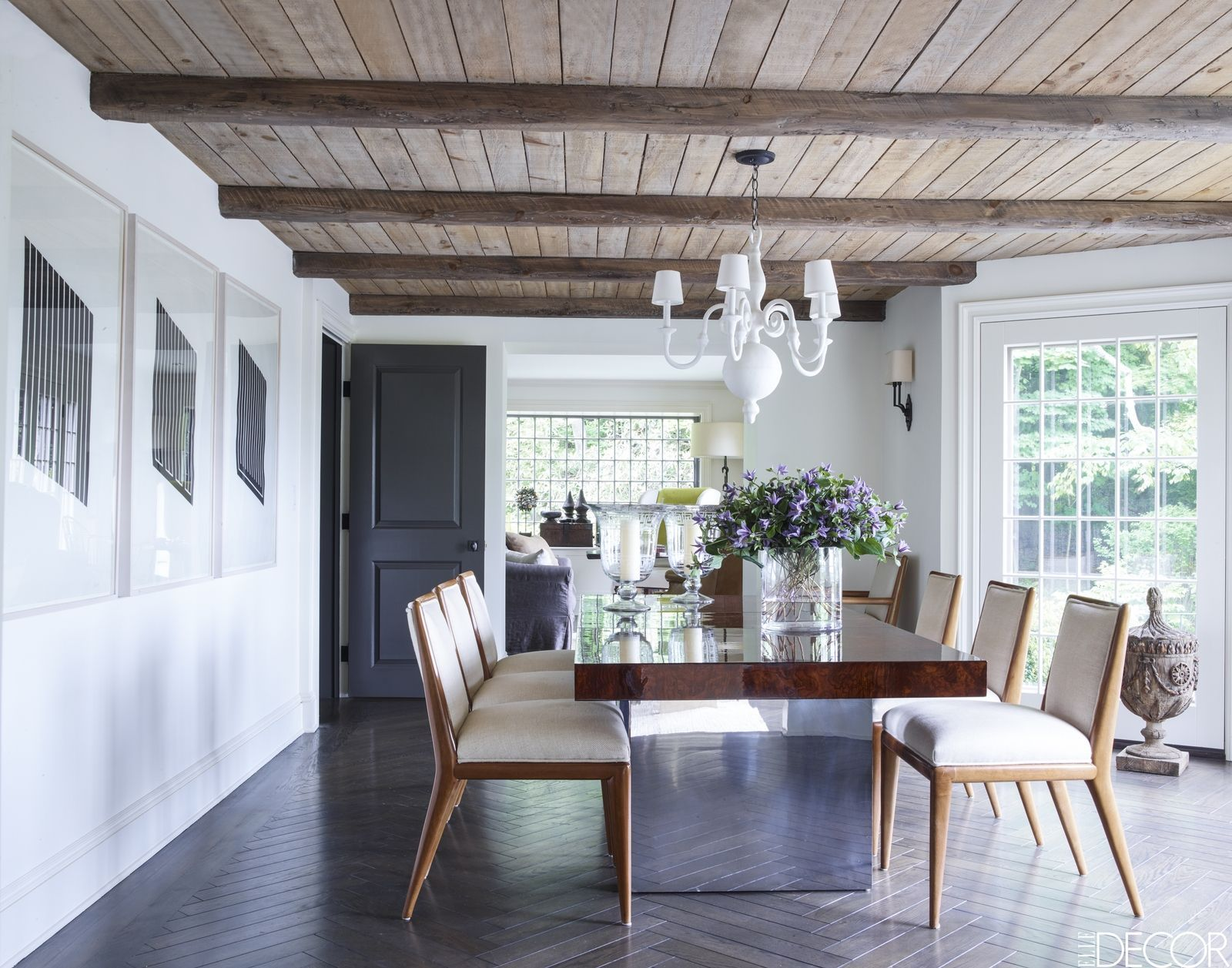 HOUSE TOUR: A Showroom Owner\'s Connecticut Cottage Is A Study In ...