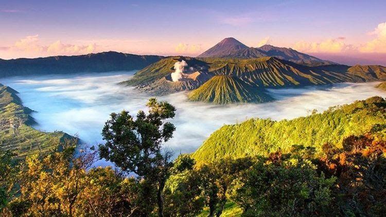 23 Pemandangan Alam Indonesia Asli 7 Destinasi Ini Mirip Sama Wisata Hits Di Luar Negeri Download Alam Indonesia Indonesia Di 2020 Pemandangan Alam Wisata Budaya
