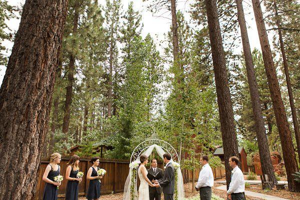 Real Weddings Julia And Tonys Lake Tahoe Nuptials