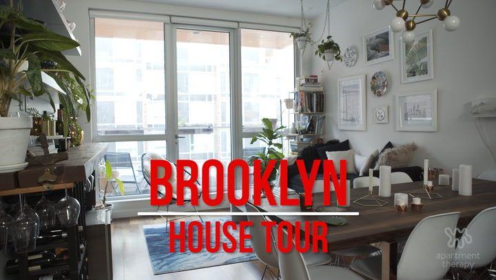 House Tour Sarah S Small Stylish Brooklyn Apartment House Tours Apartment Therapy Brooklyn House