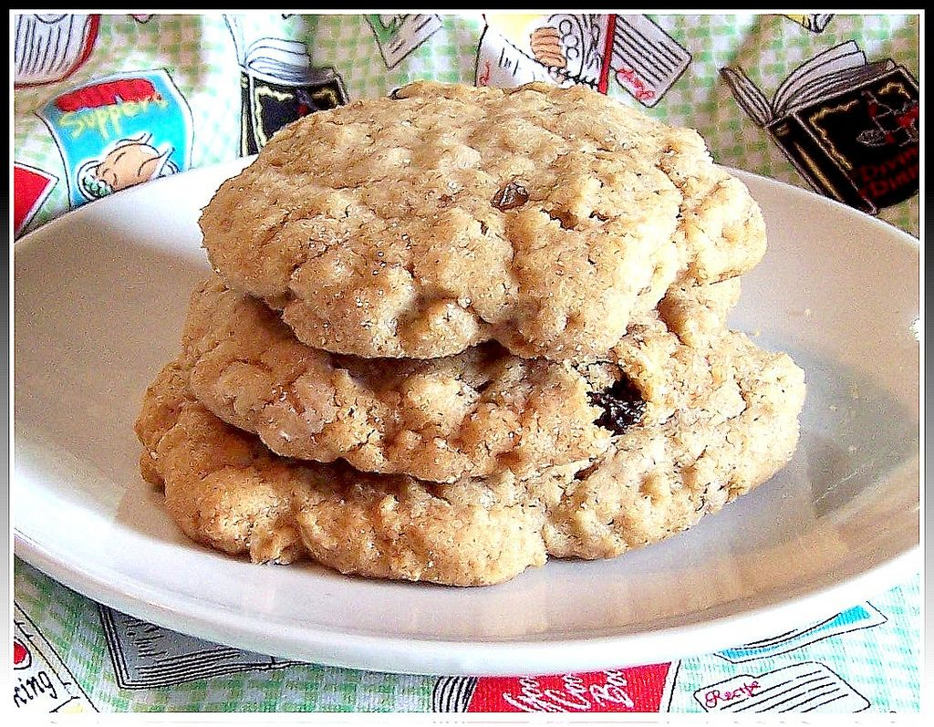 1930's Parkay Oatmeal Cookie Recipe:  My mother baked dozens of these every Christmas.  We called them Dad's Oatmeal Cookies, and I've never tasted better.