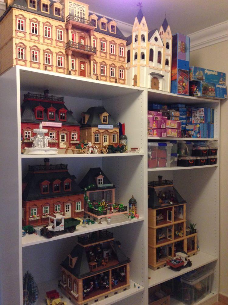 playmobil a world of imagination playmobil collectors. Black Bedroom Furniture Sets. Home Design Ideas