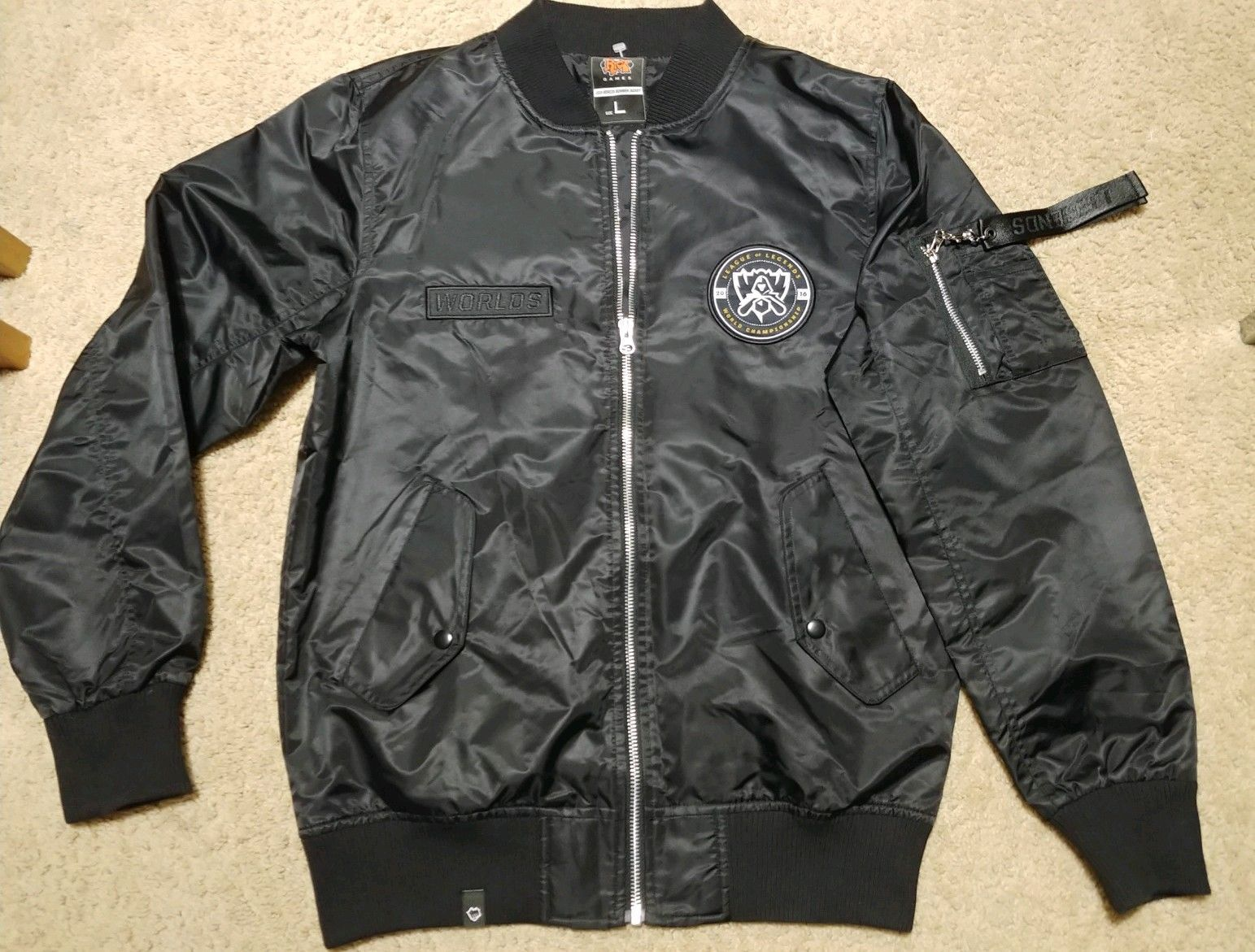New League Of Legends Worlds 2016 Bomber Jacket L Buy Lol Accounts And Gifts At Leaguediamond Store Bomber Jacket Jackets League Of Legends [ 1171 x 1543 Pixel ]