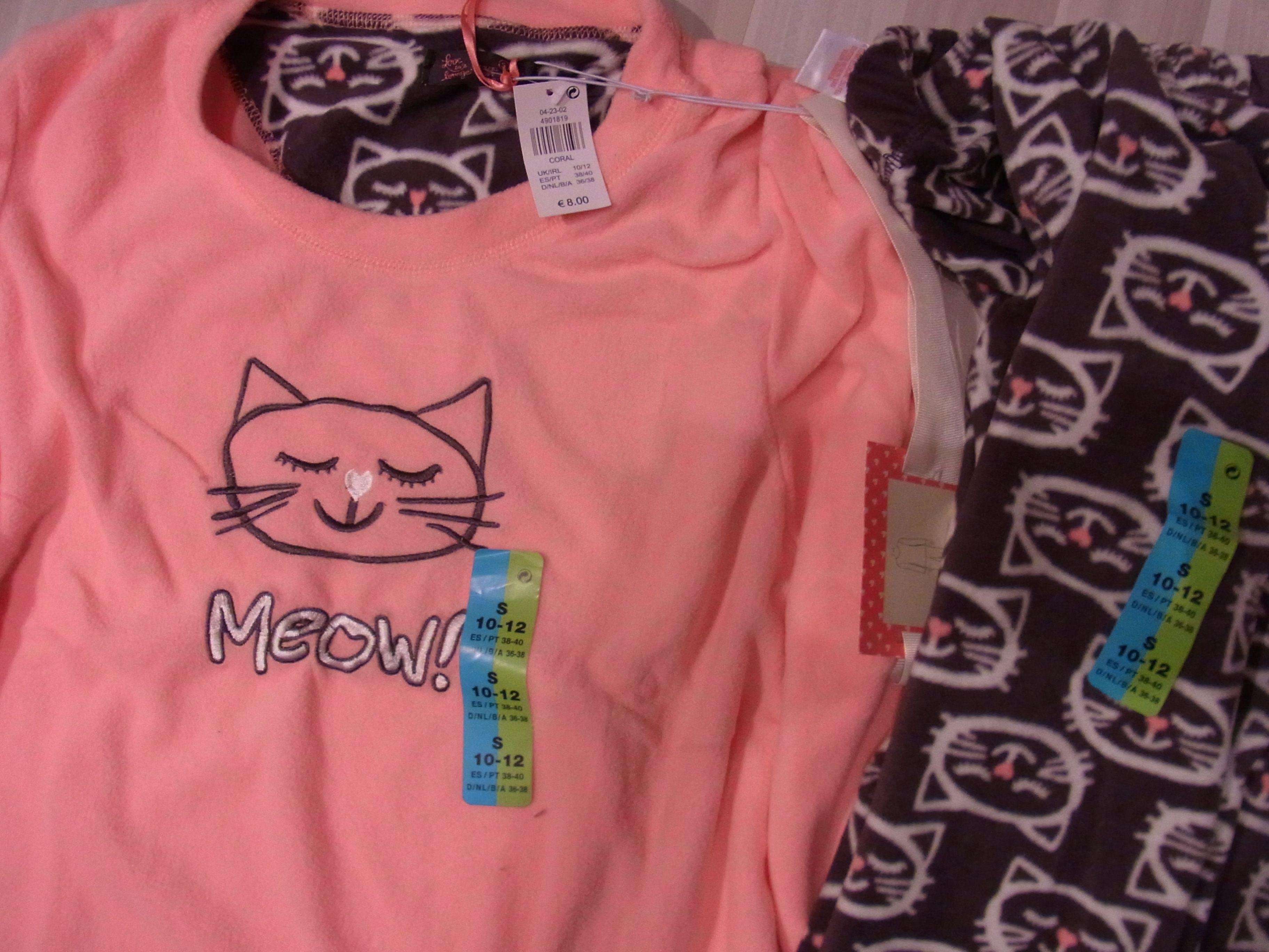 Primark Schlafanzug aus Fleece mit Katzenprint Preis 8
