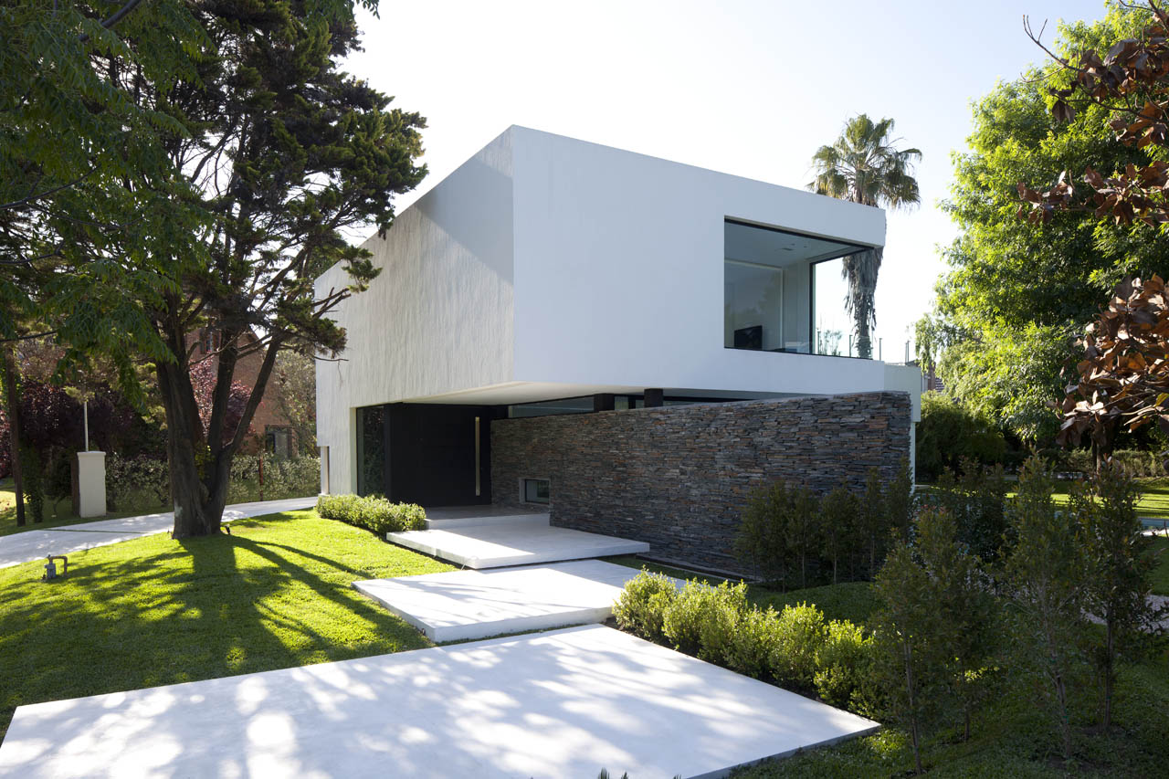 Gallery - Carrara House / Andres Remy Arquitectos - 16