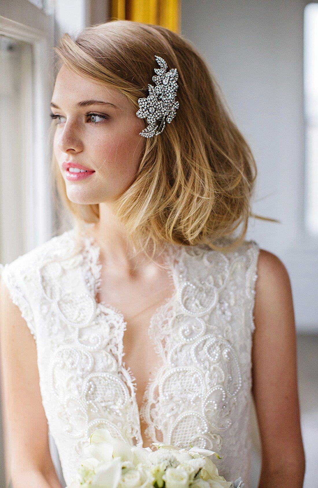 17 Stylish Chic Hair Accessories For Bridal Bob Or Lob Bride Hairstyles Bride Hair Pins Wedding Hairstyles