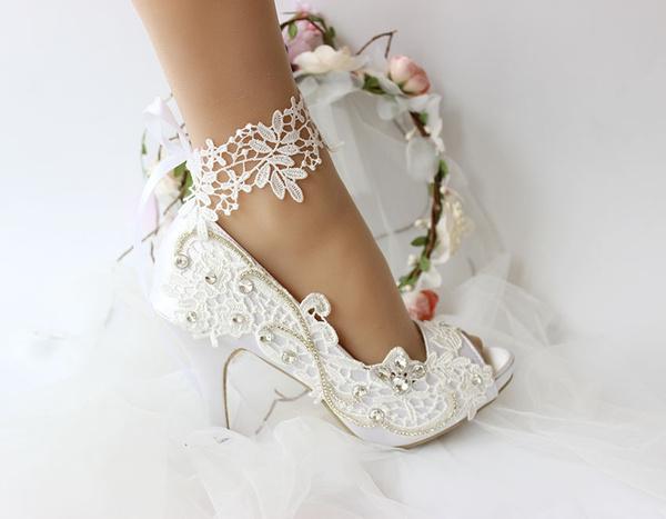 Gorgeous Satin Ivory White Color Bride Lace Woman Wedding Shoes High Heels Peep Toe Bridal Bridesmaids Shoes Wish Womens Wedding Shoes Wedding Shoes High Heels Wedding Shoes Bride