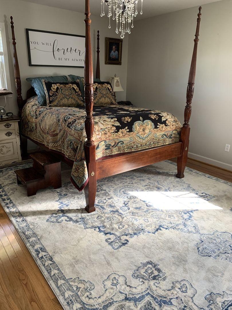 We love how our Stanfordville Area rug completes the look of Gerri C.'s bedroom.👌🏻 : : : : : : : : : : : : : : : : : : : : : : : #boutiquerugs #farmhousedecor #arearugs #modernfarmhouse #rug #modernrugs #doingneutralright #modernfarmhousestyle #tuftedheadboard #tjmaxxfinds #myhomevibe #neutralhomedecor #neutraldecor #neutralhome #boutiquerugs #bedroomakeover #blackandwhitedecor #mystyle #bedroomdecor #simpledecor #mystyleoffarmhouse #simplystyleyourspace #homeinspo
