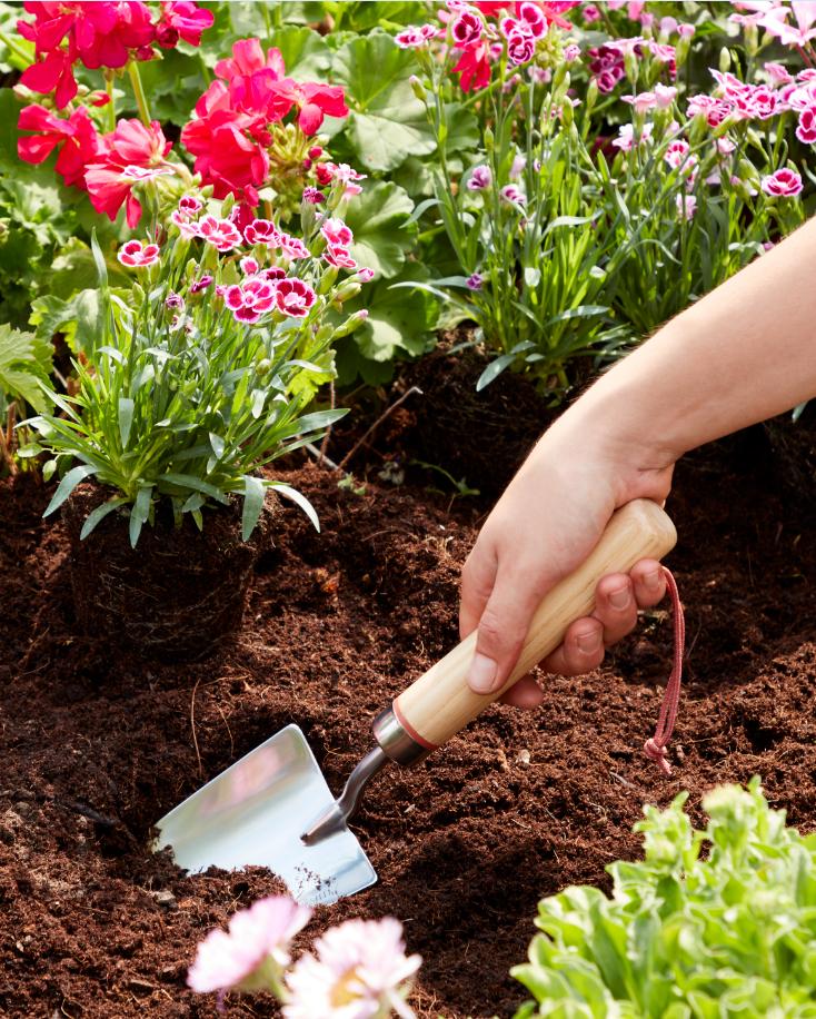 Cultivez votre jardin avec la gamme d\'outils GoodHome Durum ...