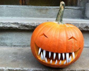 Pumpkin Teeth 3 Pack Halloween Special. (36pcs) FORGET ETSY, I'LL USE PLASTIC UTENSILS!
