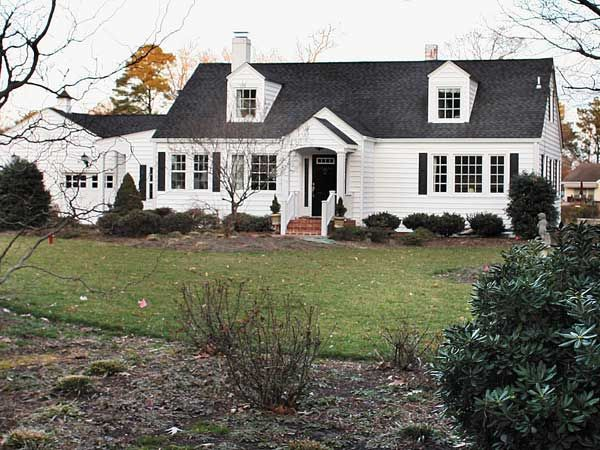 Image Result For White Black And Grey Cape Cod House Style Cape Cod House Cape Cod Style House Cape Cod Exterior