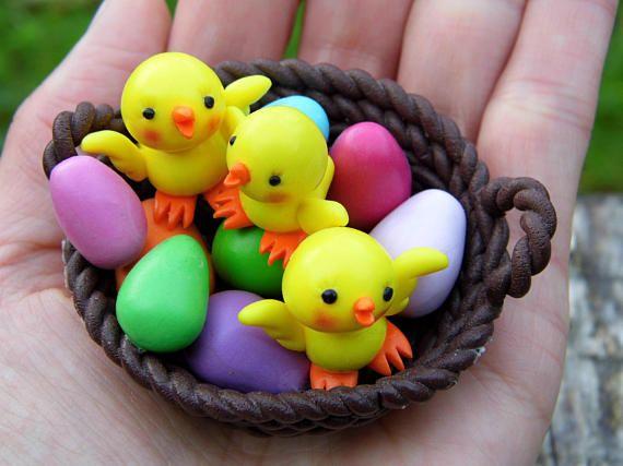Resin Craft Easter Party Miniature Figurine Garden Ornaments Cartoon Chicken