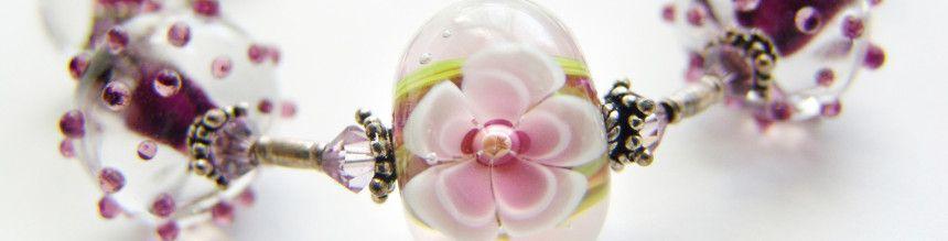 Galerie - SeePerlen, hier finden Sie alles für das und die Perlen: Miyuki, Toho, Swarovski, Künstlerperlen, Tulip-Nadeln, Vintaj etc., etc.