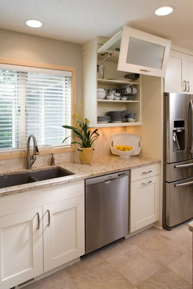 White Dura Supreme Cabinetry In A Transitional Kitchen Design Delectable Transitional Kitchen Designs Decorating Inspiration