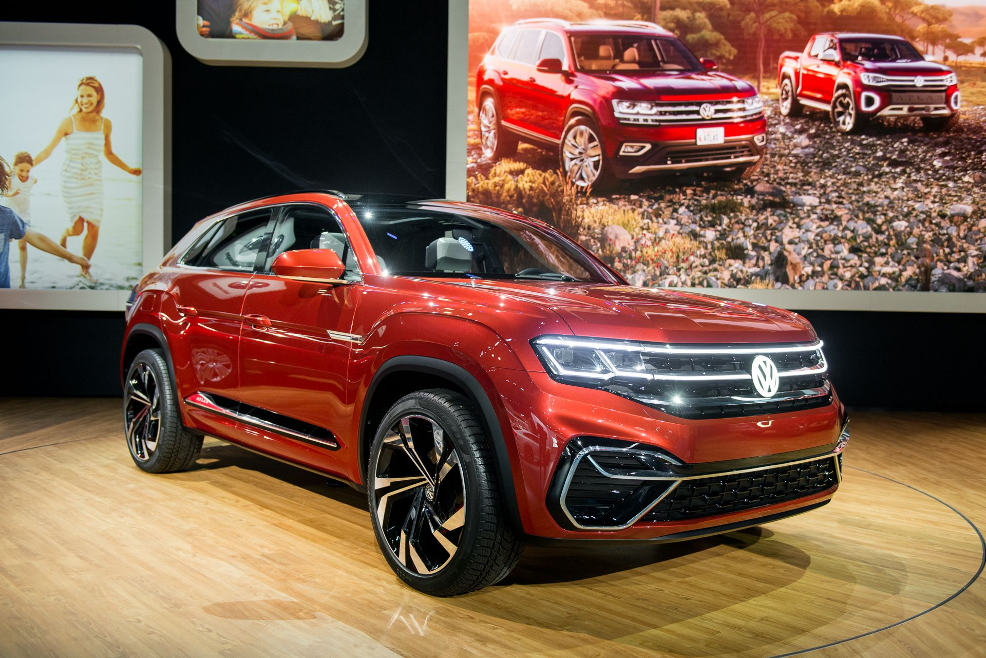 2020 VW Atlas Cross Sport Volkswagen's SUV family affair