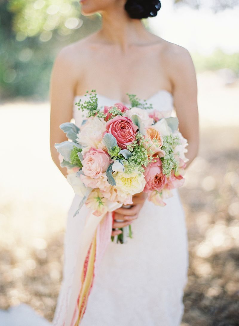 Wedding flowers probably a turquoise wedding dress uc pinterest