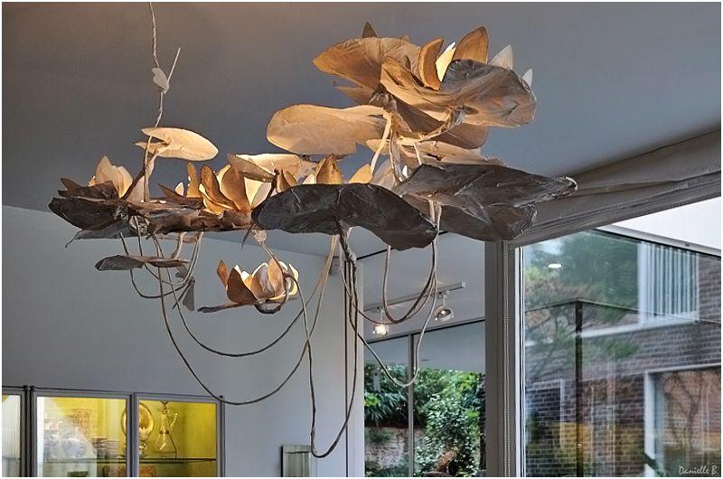 isabelle de borchgrave lustre n nuphars papier dans tous les tats pinterest essais art. Black Bedroom Furniture Sets. Home Design Ideas