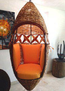 Fotoliul Suspendat Achizitia Perfecta Pentru Casa Ta Sculptural Chair Rustic Living Room Rustic Living Room Furniture