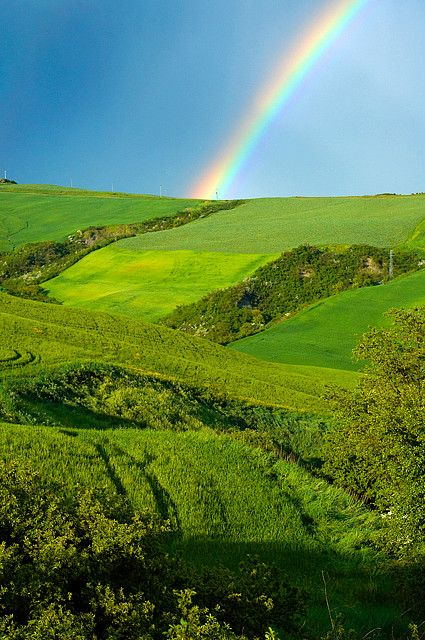 Rainbow, Tuscany, Italy by Robert Crum on Flickr.