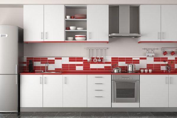 Resultado de imagen de cocinas rojas Cocinas con encimera roja