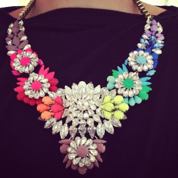 Multicolor flower statement necklace Awesome multicolor flower necklace with jewels on dusted gold chain Jewelry Necklaces