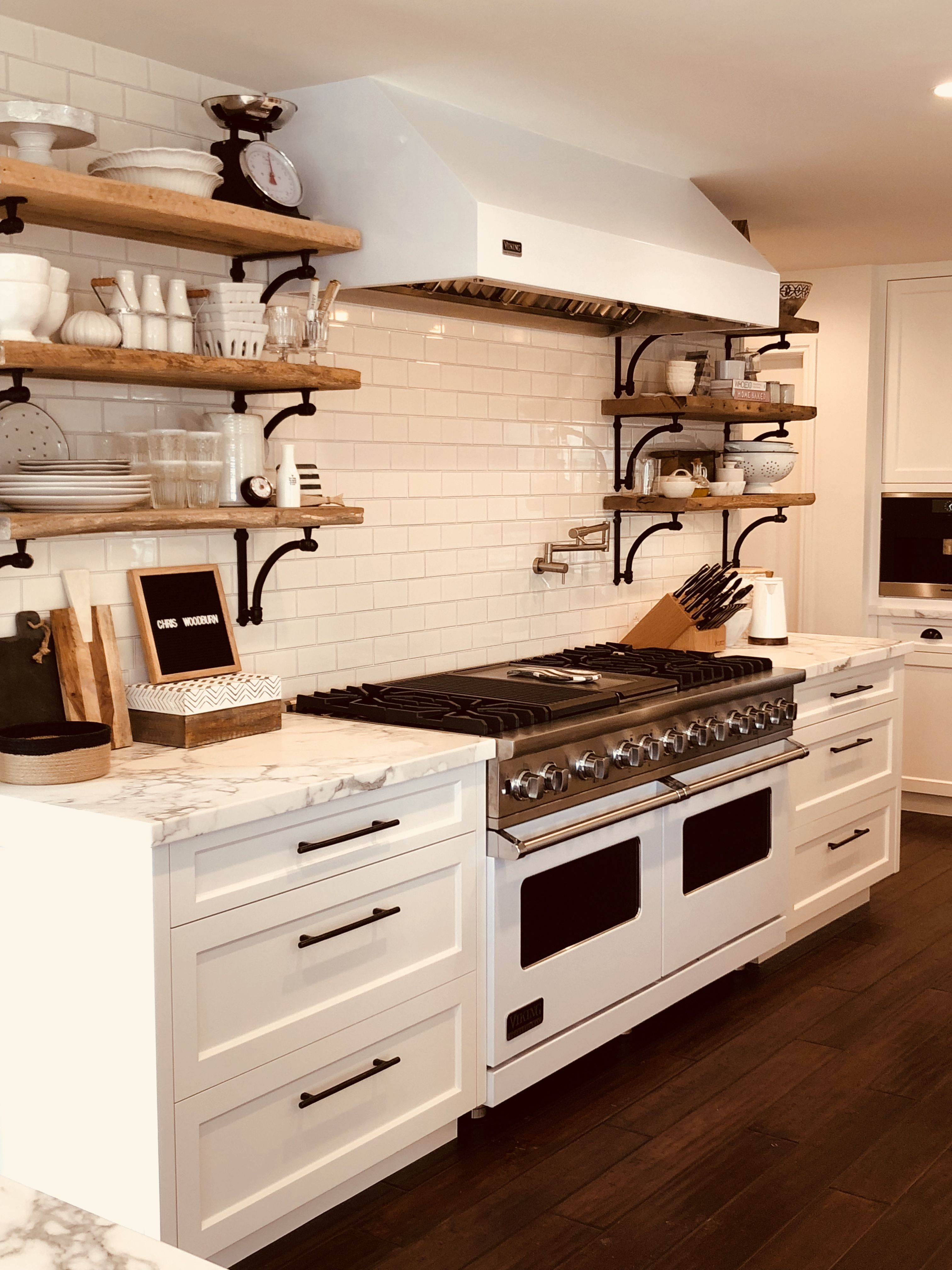 Pin By Chris Woodburn Interiors On Kitchens Kitchen Kitchen Cabinets Home Decor