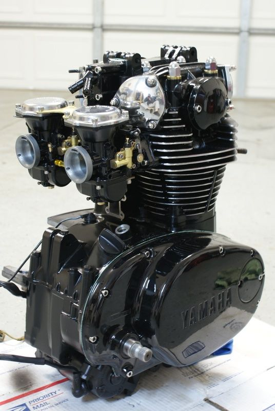 Blacked out XS650 engine with polished fins