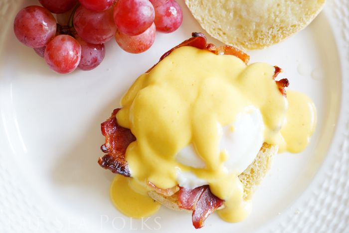 The Sea Polks: Eggs Benedict. Yum! My favorite breakfast! I've always wanted to try homemade hollandaise sauce, great tutorial here!