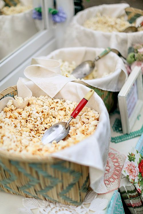 Crowd-Pleasing Late Night Wedding Snacks | Popcorn bar, Food ideas ...