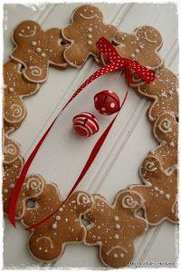 Gingerbread men wreath...