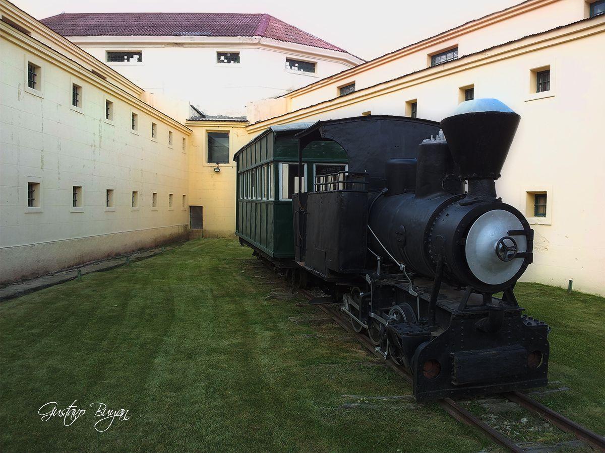 Tren a vapor del Presidio de Ushuaia. Steam Train Presidio of Ushuaia. Ushuaia, Tierra del Fuego, Patagonia AR.