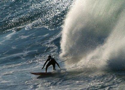 Guia de Surf SINDUSTRYSURF. Playa de Zumaia. Historia del pueblo y características de sus fondos de Flysh. #surfspots #zumaia #sindustrysurf