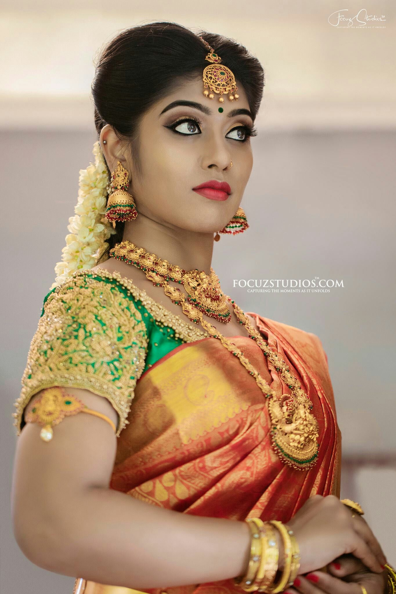 519c3e7e5e68a3 Indian Groom, South Indian Bride, South Indian Weddings, Indian Bridal,  Gold Jewellery