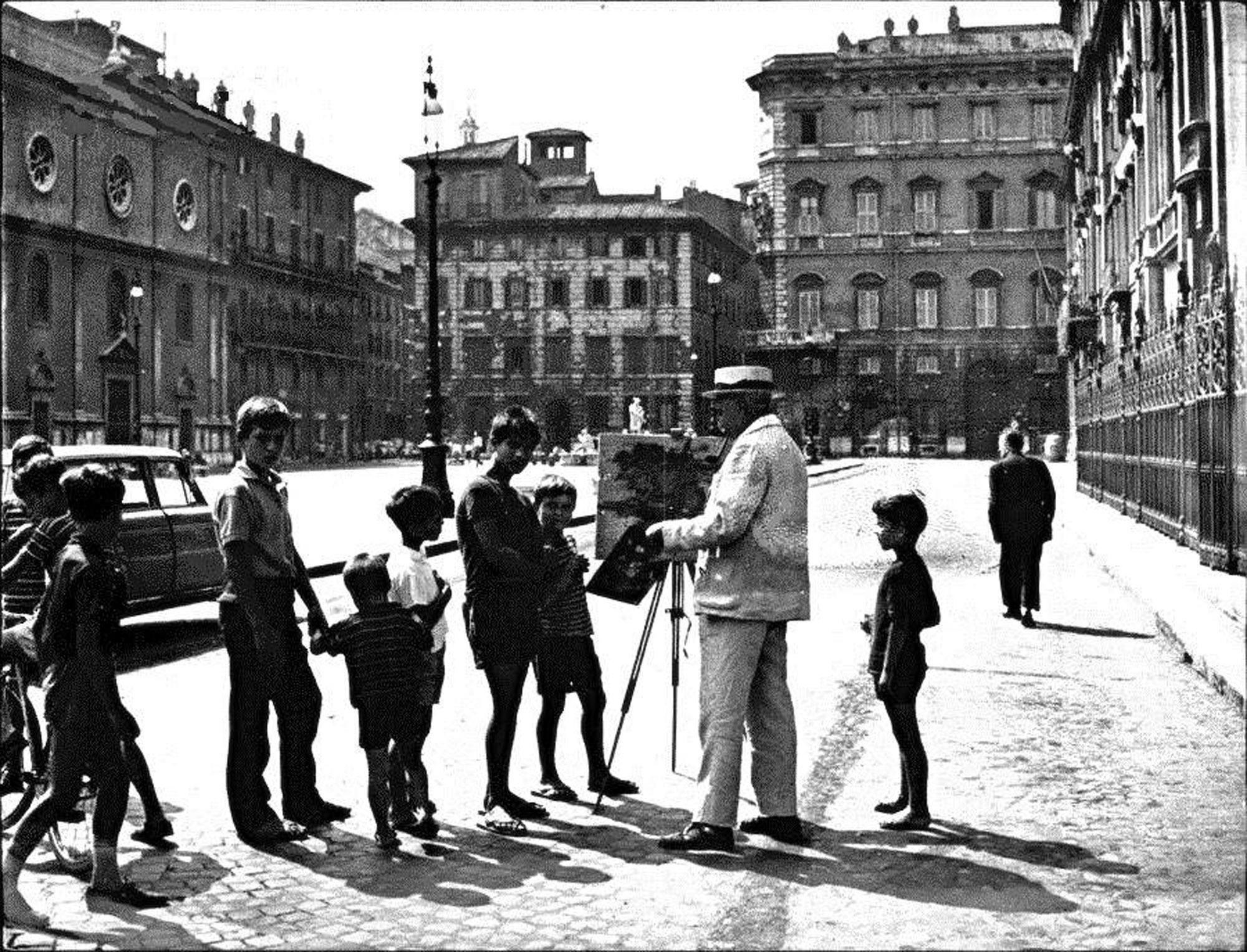 Piazza navona...quando era ancora una piazza di borgata popolata dai vari ragazzini che vi abitavano...