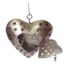 Expressing your unending love for your heart throb is made easy by the T-lite holder showcased in a heart styled wall hanging with an ultimate cutwork. The lustrous nickle finish adds a perfect grandeur to the piece of marvel bonded with a hanging chain just to convey a simple message of companionship.