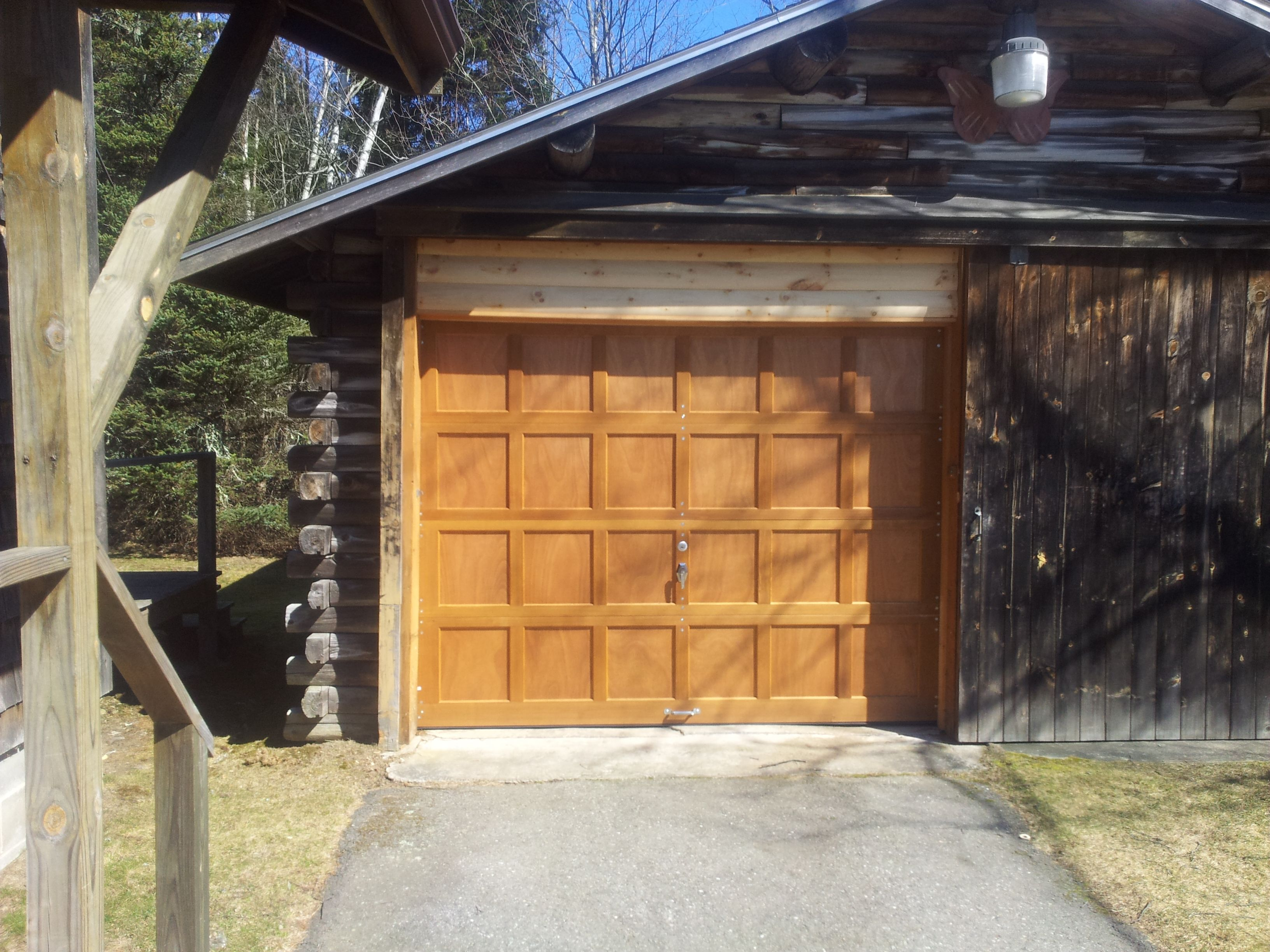 Mdl43 Stained With Golden Oak Garage Door Styles Residential Garage Doors Wood Garage Doors