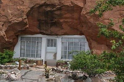 5000 Sq Ft Home Built Into A Mountain In Az Wow Unusual