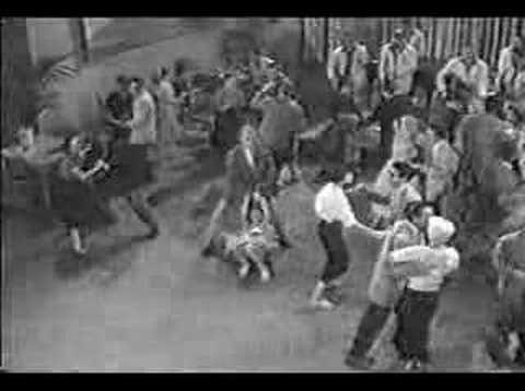 Bill Haley & His Comets -- Rip It Up (1956)