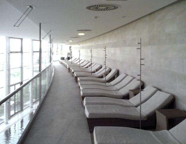 Kleiderständer Edelstahl Design eingereichtes kunden foto mit phos design kleiderständer helix http