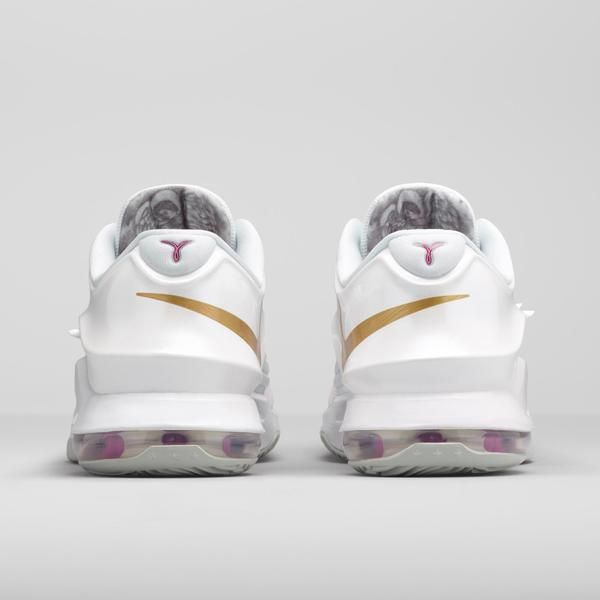 c8272c36aba322 Nike News - New KD7 Aunt Pearl Shoe Honors Kevin Durant s Angelic Aunt