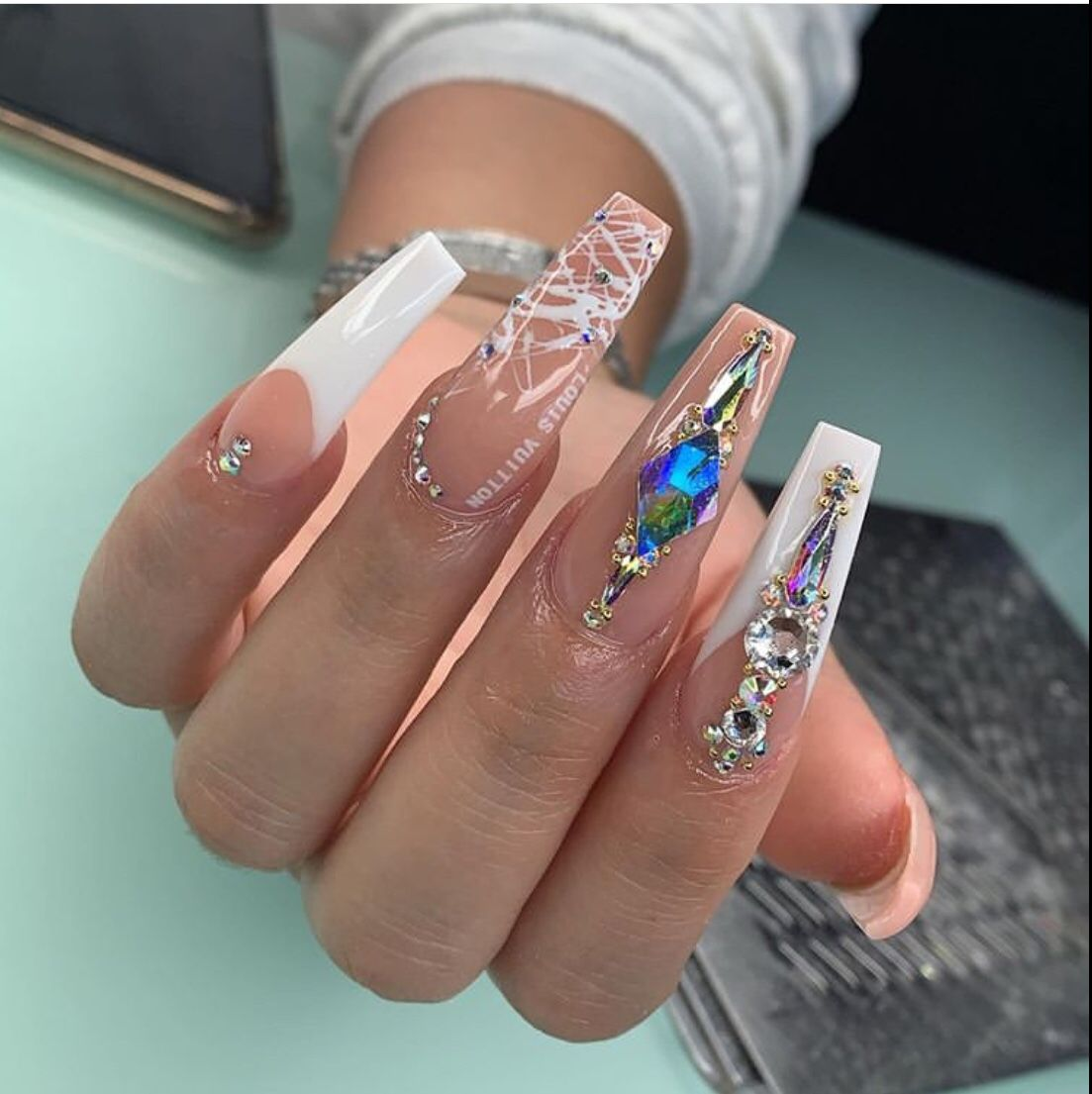 50 Glam Nail Designs For Prom 2020 The Glossychic In 2020 Glam Nails Bling Nails Simple Acrylic Nails