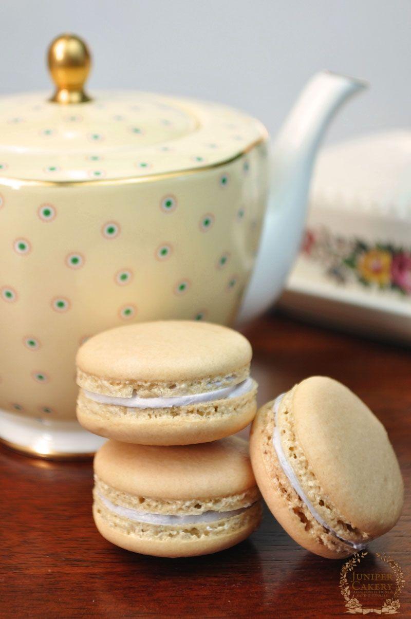 Recipe & Tutorial: Honey and Lavender Macarons! -