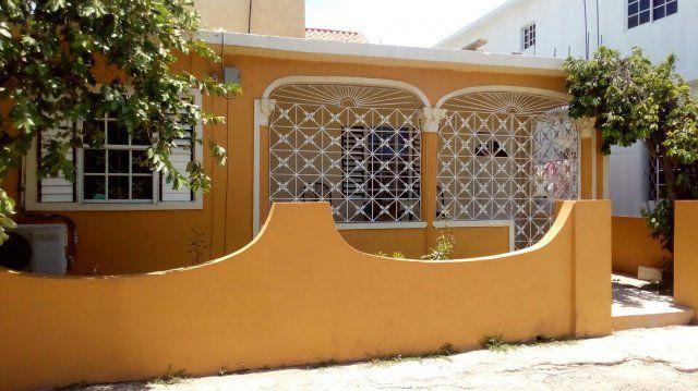 House For Sale In Silverstone Portmore St Catherine Jamaica Propertyads Jamaica Jamaica House Portmore Jamaica