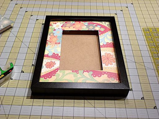 Sewplicity: TUTORIAL: Customized Picture Frames