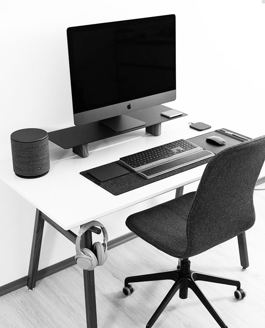 Nicolay T Pc Gaming Computer Laptop Accessories Setup Room Minimalism Pcsetup Office Interior De Home Office Setup Desk Setup Dream Desk